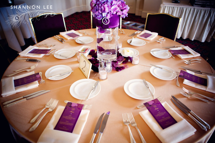 white purple wedding table settings