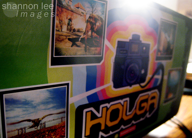 holga box side1